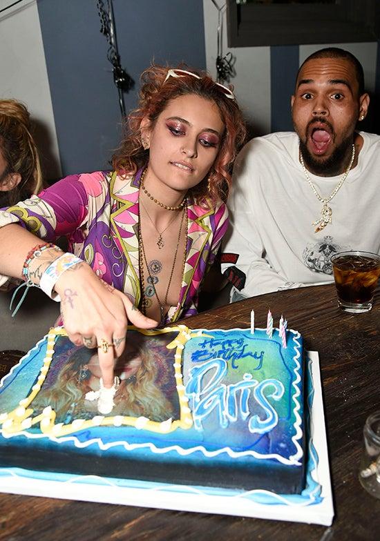 _0001_Paris Jackson Smears Cake