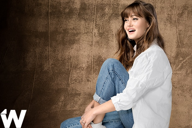 b5466b4eebfdc0 Sweetbitter  Star Ella Purnell StudioWrap Portraits (Exclusive Photos)