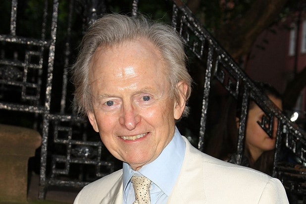 Tom Wolfe, 'The Bonfire of the Vanities' Author, Dies at 87