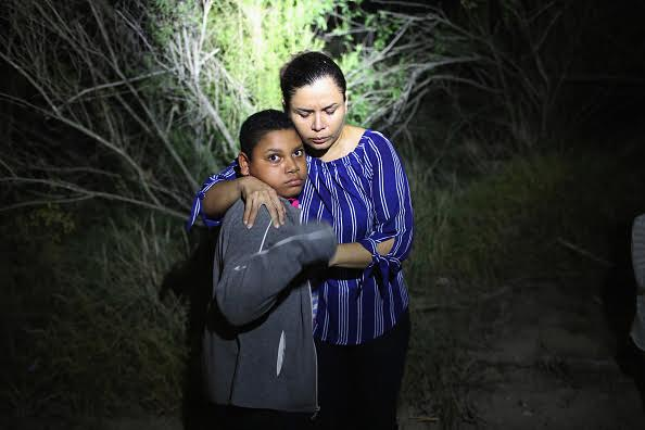Border mother and child immigration