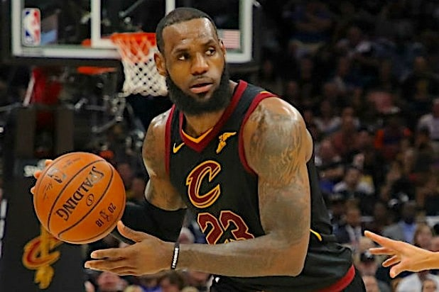 LeBron James Cleveland Cavaliars Lakers