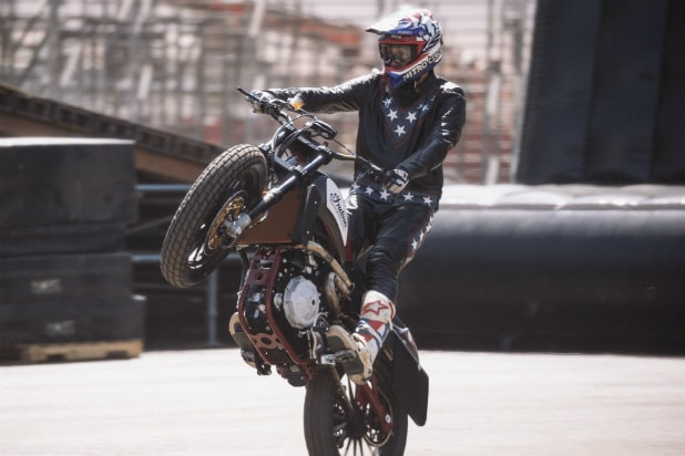 Travis Pastrana practices for 'Evel Live'