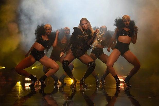 Beyonce Lemonade VMAs