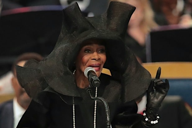 Cicely Tyson s Hat at Aretha Franklin s Funeral  Needs Its Own Twitter  5ef6a1155e8