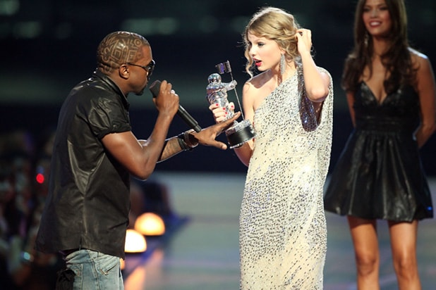 2009 MTV Video Music Awards - Kanye Taylor Swift