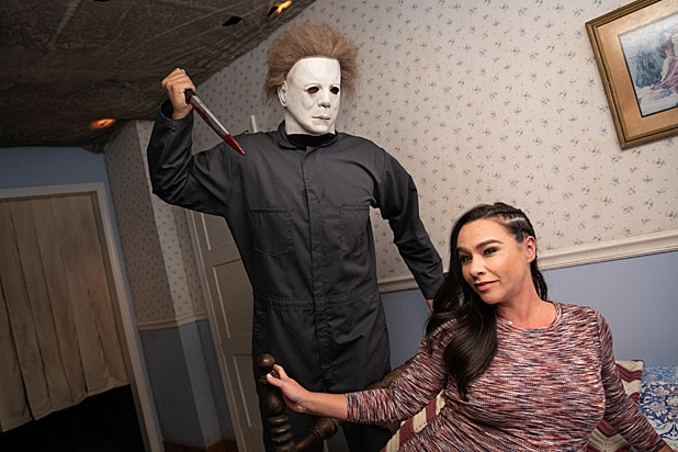 Danielle Harris Halloween 4: The Return of Michael Myers maze Halloween Horror Nights