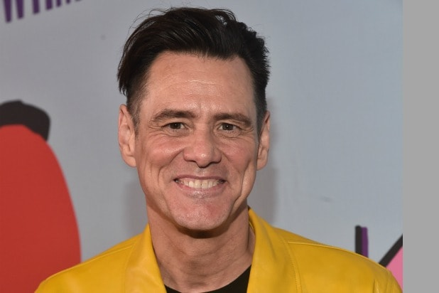 Strange Jim Carrey Takes A Jab At Lindsey Grahams Hateful Face In Gmtry Best Dining Table And Chair Ideas Images Gmtryco