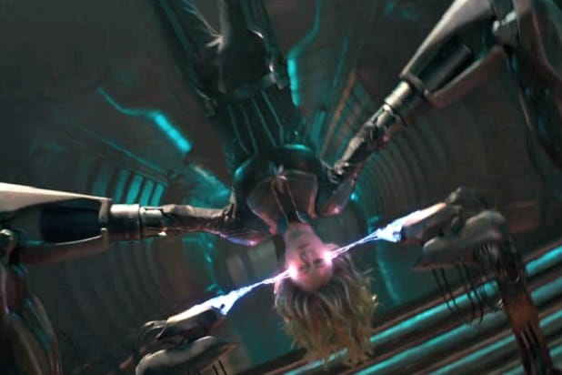 captain marvel trailer weird alien machine