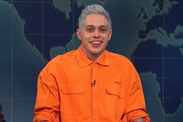 Snl Pete Davidson Acknowledges Breakup With Ariana Grande
