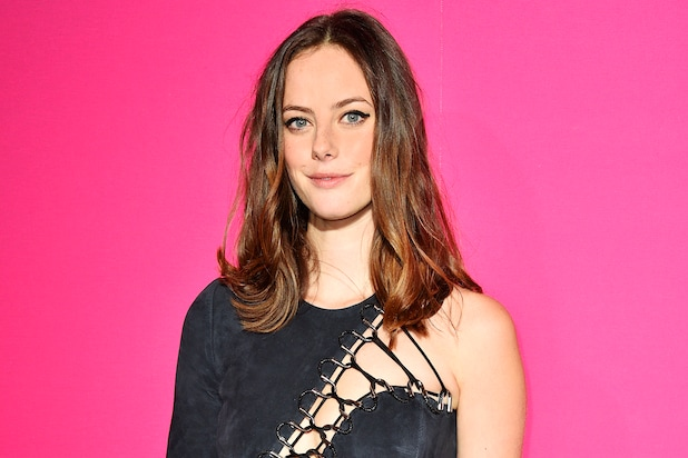 Replace On Skins' Lead Emma As Kaya Roberts Scodelario To Alum mN0PwO8nyv
