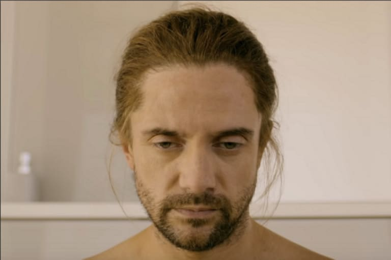 Topher Grace Black Mirror Smithereens