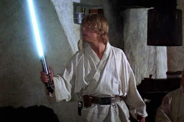 Star-Wars-Original Luke Skywalker Lightsaber Mark Hamill Tosche Station
