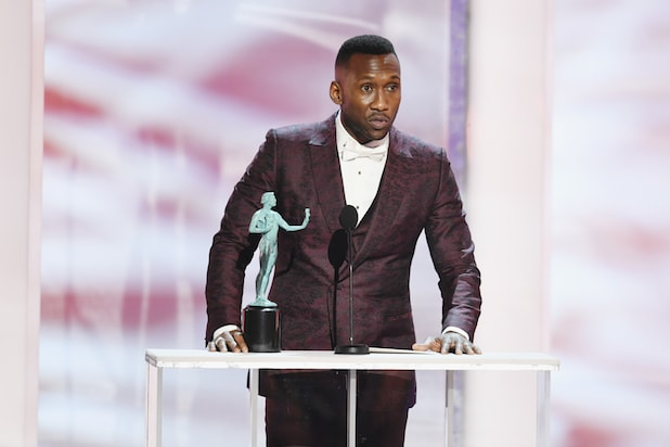 Mahershala Ali accepts Outstanding Performance by a Male Actor in a Supporting Role for ?Green Book? onstage during the 25th Annual Screen Actors Guild Awards at The Shrine Auditorium on January 27, 2019.