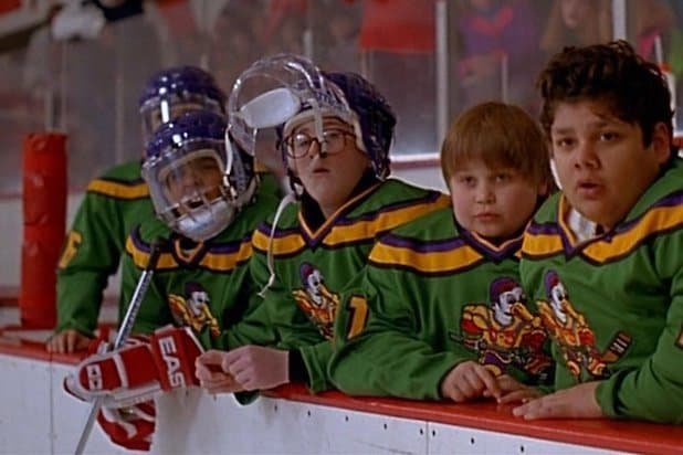 Kenan Thompson and 'Mighty Ducks' Cast Reunite at Hockey Game