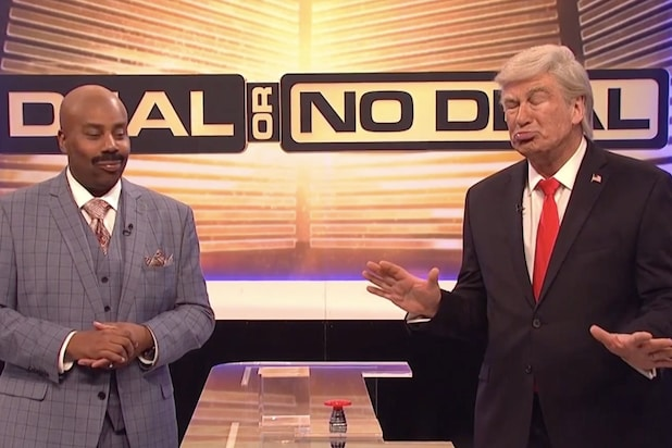 'SNL': Alec Baldwin's Trump Plays 'Deal or No Deal: Government Shutdown Edition' With Congress (Video)