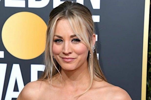 'Big Bang Theory' Star Kaley Cuoco Won't Stop 'Yapping' at Johnny Galecki in Behind-the-Scenes Look (Photo)
