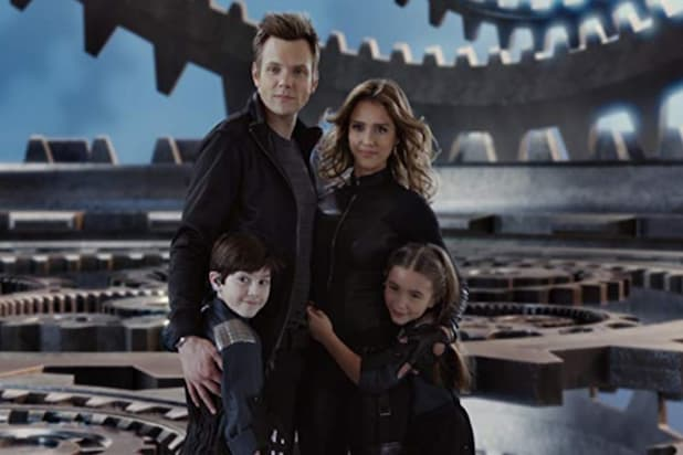 "Still of Jessica Alba, Joel McHale, Mason Cook and Rowan Blanchard in ""Spy Kids 4: All the Time in the World"""