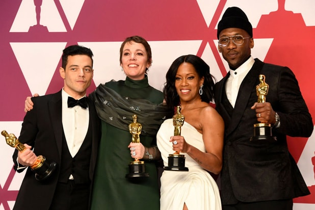 did the green book win any oscars