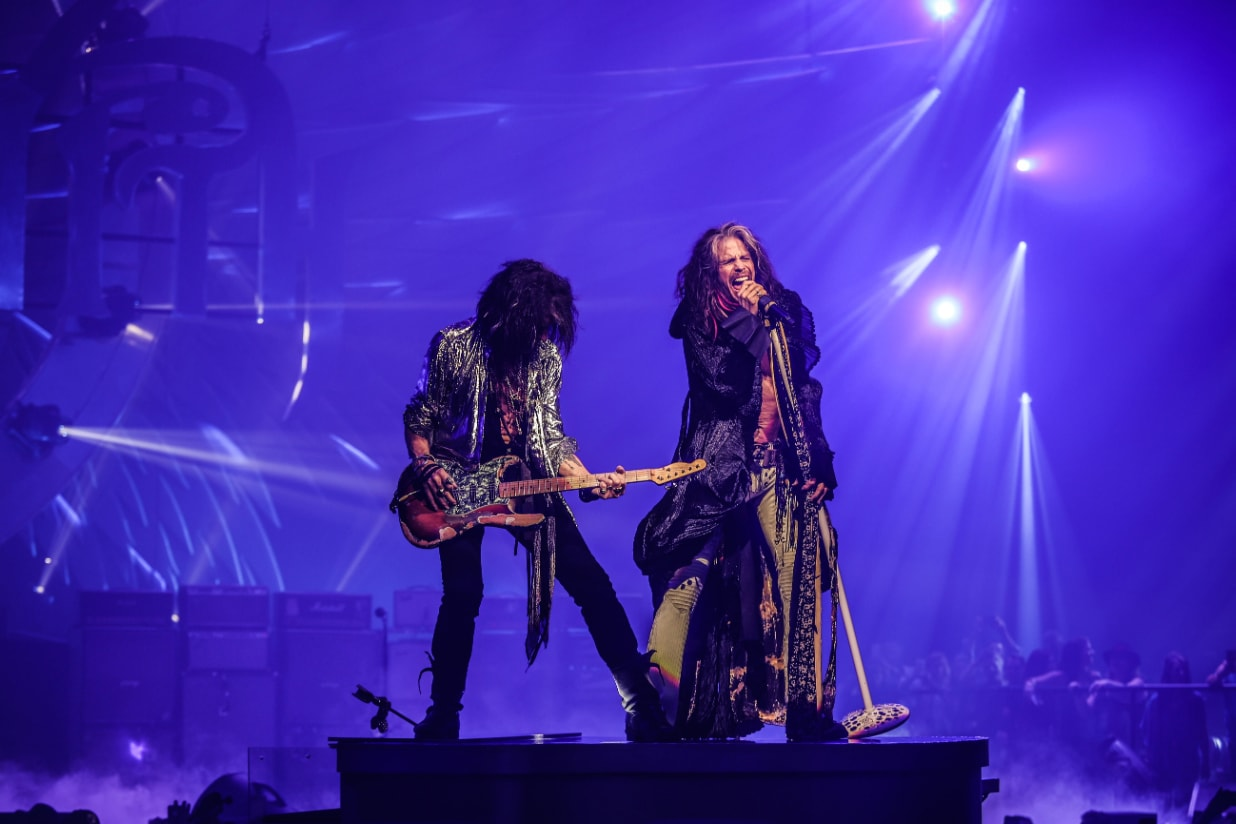 Aerosmith Vegas Joe Perry Steven Tyler Deuces Are Wild