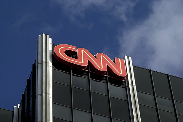 CNN Photo Editor Resigns After Old Anti-Semitic Tweets About 'Jewish Pigs' Resurface