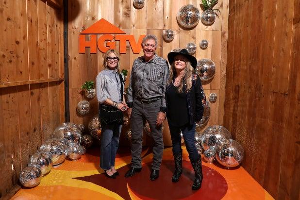 Discovery Sets 'Brady Bunch' Crossovers to Promote HGTV's 'A Very Brady Renovation'