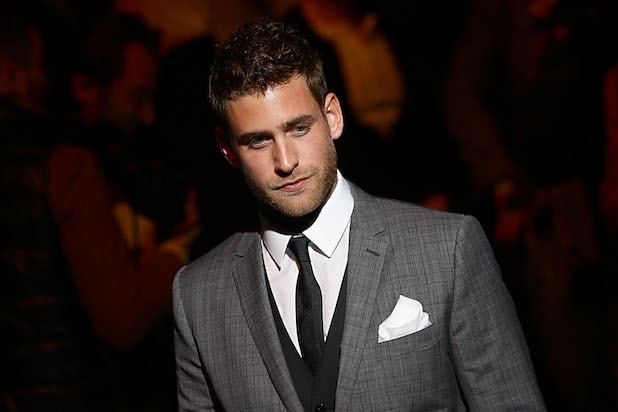 Oliver Jackson-Cohen to Star in 'The Invisible Man' at