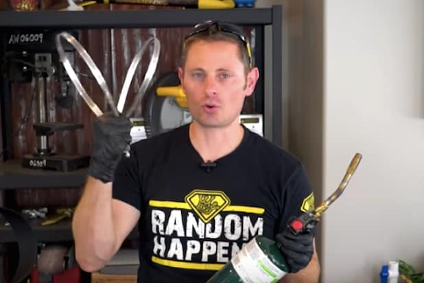 Grant Thompson, Popular YouTuber, Dies in Paragliding