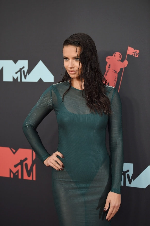 Adriana Lima VMAs 2019