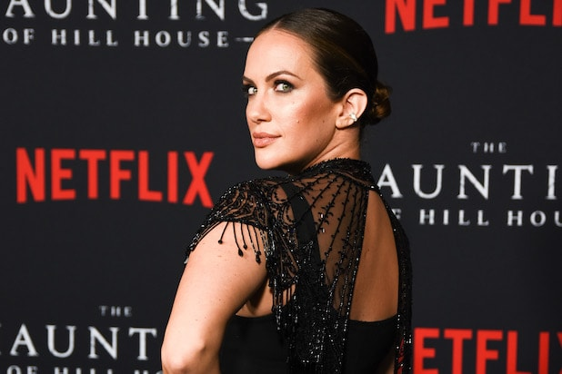 Haunting Of Hill House Star Kate Siegel To Return For Haunting Of Bly Manor Exclusive