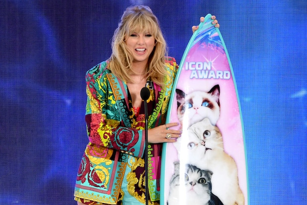 Ratings: Fox's Teen Choice Awards Sink to All-Time Low