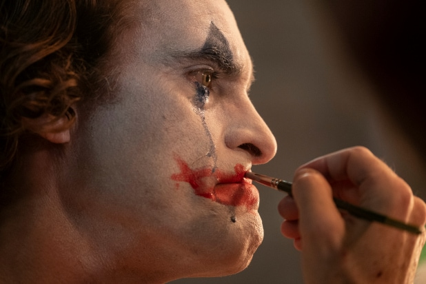 Joker Film Review Joaquin Phoenix Channels Classic Robert