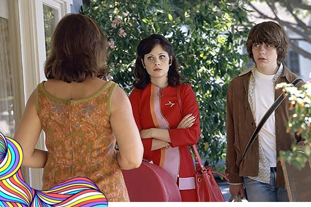 "Frances McDormand as Elaine Miller, Zooey Deschanel as Anita Miller and Patrick Fugit as William Miller in ""Almost Famous"""