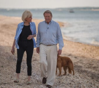 60 MINUTES Correspondent Lesley Stahl interviews colleague Steve Kroft