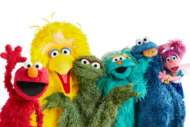 Hbo Max Orders 5 New Sesame Street Seasons And 4 Spinoffs