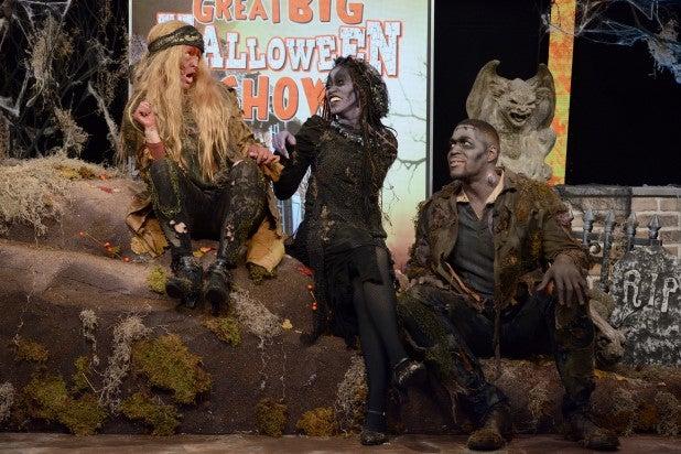 Strahan, Sara and Keke Halloween 2019