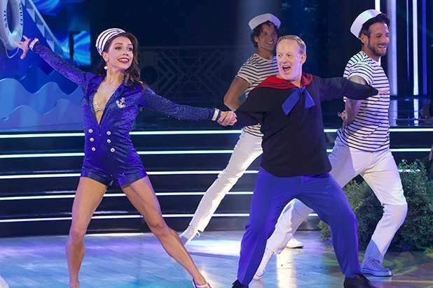 Why Is Ellen Not Dancing On Her Show 2020.Sean Spicer Calls Dancing With The Stars Worse Than