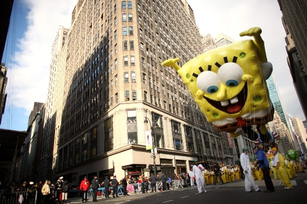 https://www.thewrap.com/wp-content/uploads/2019/11/Spongebob-balloon.jpg