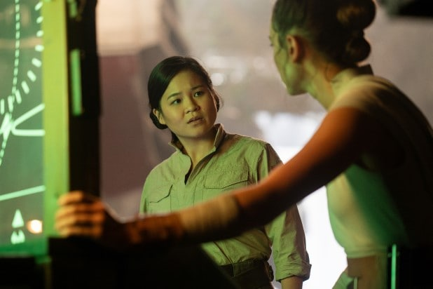 star wars the rise of skywalker episode ix treats rose tico poorly and that sucks kelly marie tran