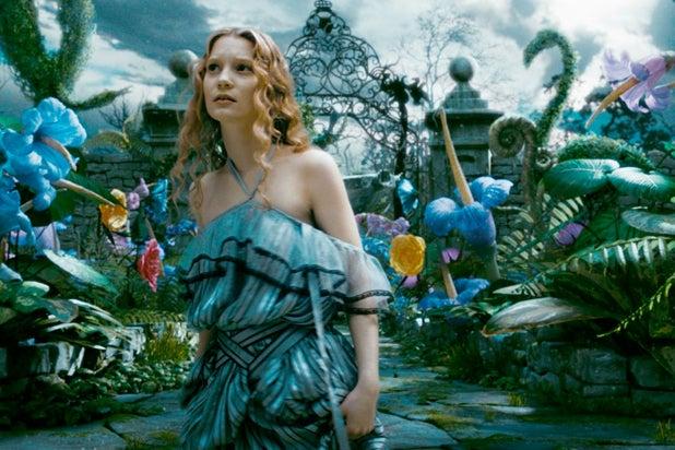 Celebrity Beauty: alice in wonderland 2010