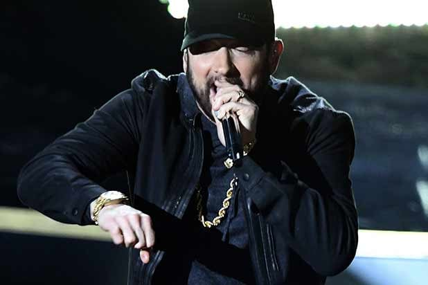 Eminem Shocks Oscars With 'Lose Yourself' Performance – 17 Years After It Won Best Original Song (Video)