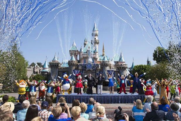 Disney Tokyo Disneyland Coronavirus