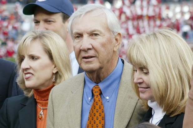 Pat Dye Auburn football coach