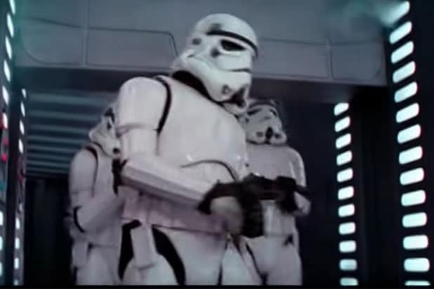 Stormtrooper head bang Star Wars A New Hope