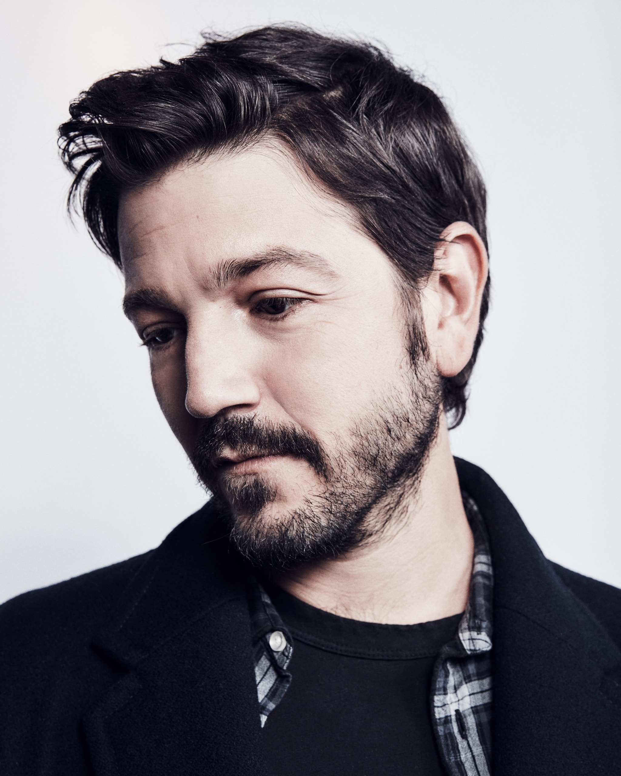 FOR MAGAZINE USE ONLY Diego Luna