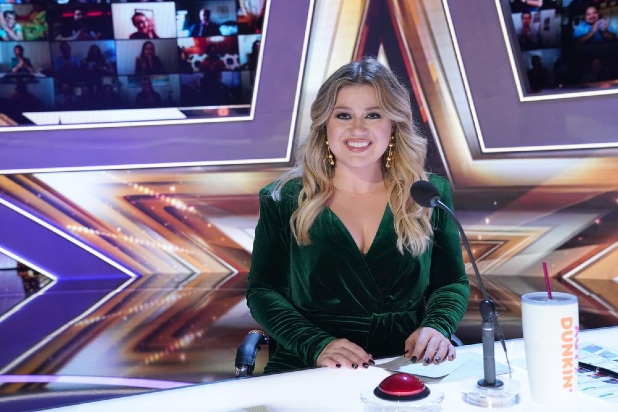 Kelly Clarkson on America's Got Talent