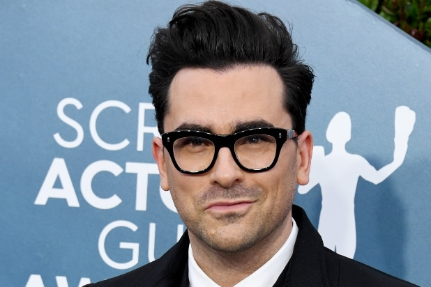 Dan Levy Calls Out Comedy Central India for 'Harmful' Censorship of Gay Kiss on 'Schitt's Creek'
