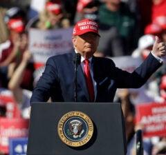 Trump Arizona rally