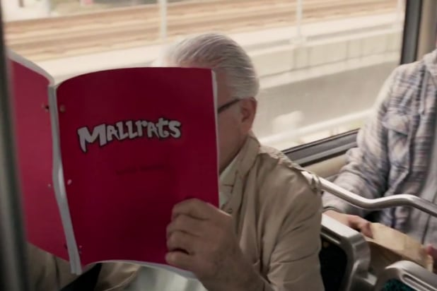 stan lee reading mallrats script in captain marvel