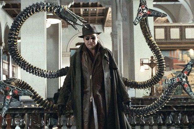 Alfred Molina Doctor Octopus Spider-Man 2 Doc Ock Spider-Man: Far From Home