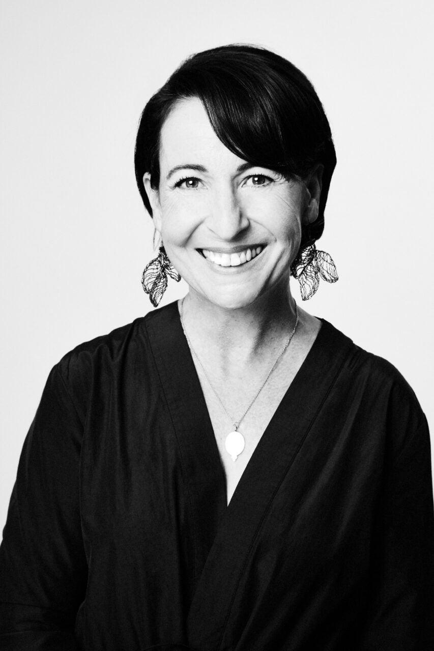 Elisa Lee<br>Muñoz